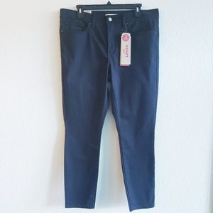 NEW Plus size LEVI'S Shaping Skinny Ankle Women's